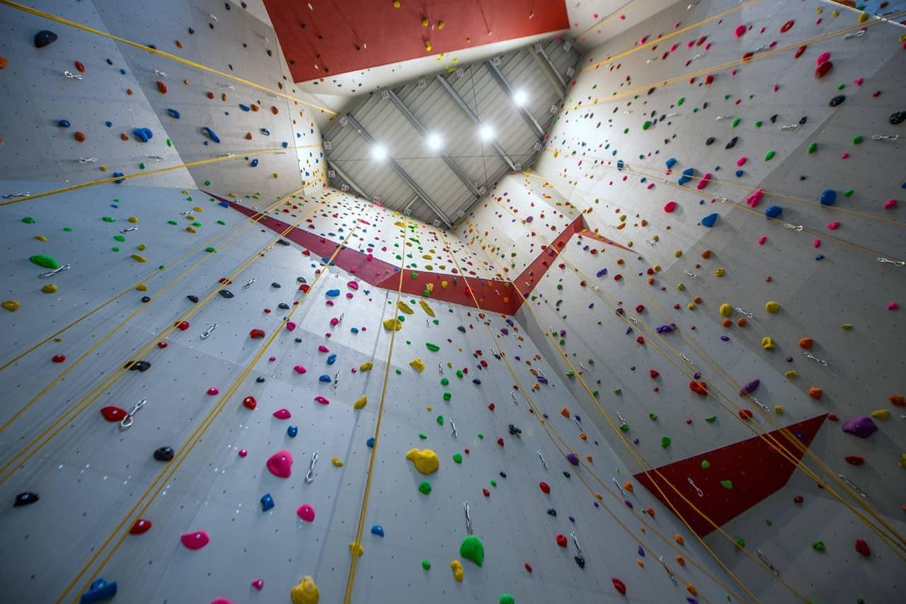 ARTROCK Kletterhalle RedRock Luxembourg Deckenansicht